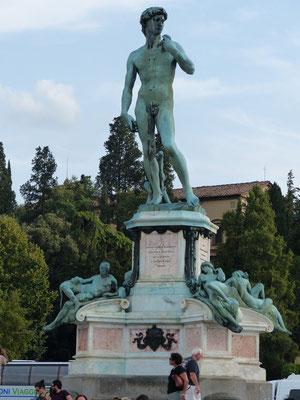 David oben auf dem Michelangelo-Platz