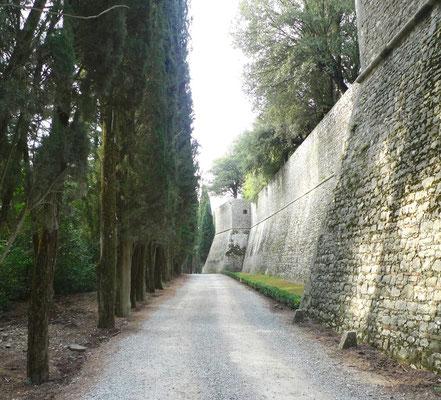 Festungsmauern des Castello di Brolio