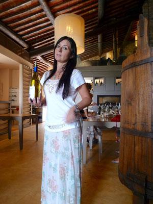 Die nette Repräsendantin des Weinkellers