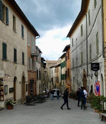 Gasse von Montalcino