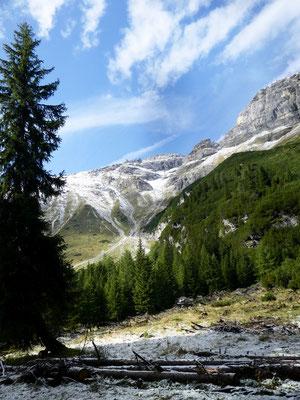 Auf diesen Bergen ist die Grenze zu Italien