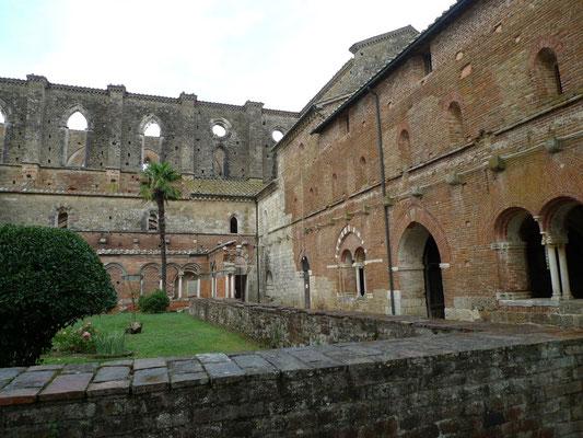 Ruine der Kathedrale von San Galgano