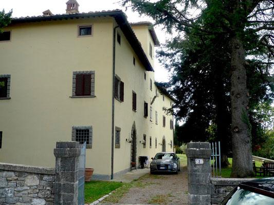 Ville des Besitzers des Weinguts Rocca di Castagnoli