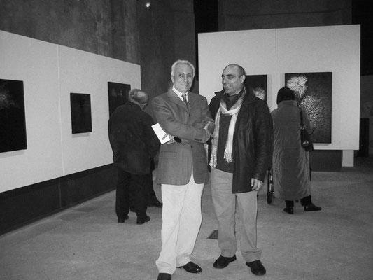 2005 - Enzo Cursaro con il critico Giuliano Menato.