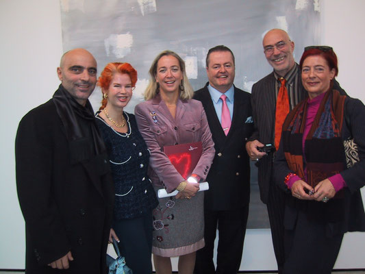 2004 - Enzo Cursaro - Inaugurazione Museum Der Moderne Salzburg - Con Md.me Nataly Cnyrim, Dr. Agnes Husslein-Arco (direttrice del museo), P. Kimmel, Jurgen Waller e moglie  Birgit Waller.