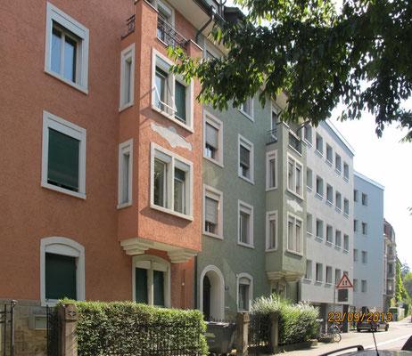 Angrenzende Häuser