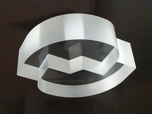 gleichgewicht, 2008, acryl 6x20.5x15.6