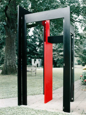 tor rot schwarz, 1996, holz