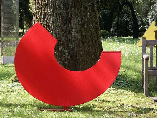 rote sichel, 2005, stahl duplex, 140x114x100