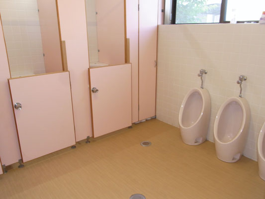 3歳以上児トイレ