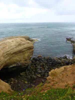 Sunset Cliffs National Monument