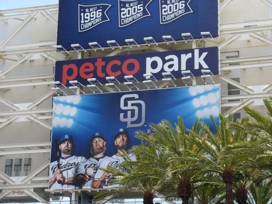 Entrée du Petco Park