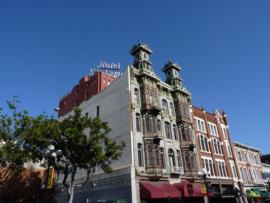 """St James Hotel"" dans Gaslamp Quarter"