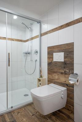 Badezimmer Dusche & Dusch-WC