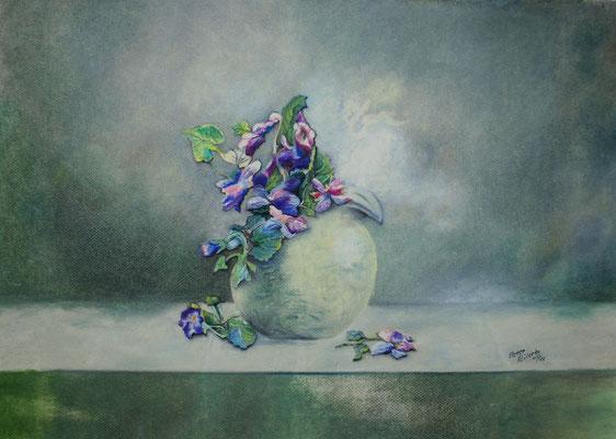 Stillleben mit Hornveilchen, Öl-Pastellkreide, 39 x 56 cm, 2016