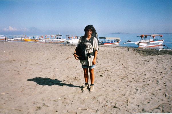 Meine Neugierde das Leben und die Welt zu entdecken lebte ich als Weltenbummlerin ab dem 24.Lebensjahr durch Gili Trawangan