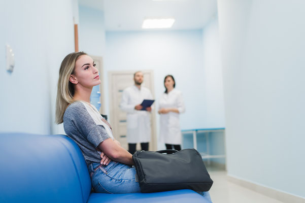 Empfangssysteme / Patientenaufrufsysteme / Besucherverwaltungssysteme