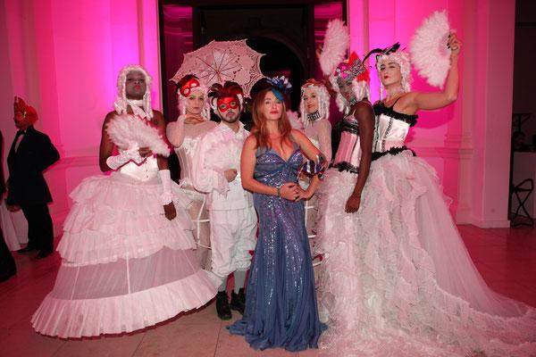 Gabriela Gottschalk in blau mit der ChixxClique