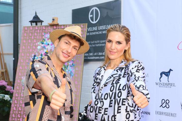 Sänger und Model Sebastian Kempin aus Berlin und Hair & Make Artist Alicja Lisiak (Lets Glow, Vox)