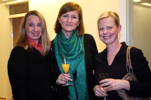 Imke Sowen mit Daniela Laubinger und Irina Rotgans