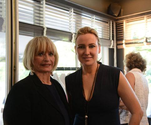 Die Gastgeberinnen Marlies Möller und Simone Bruns