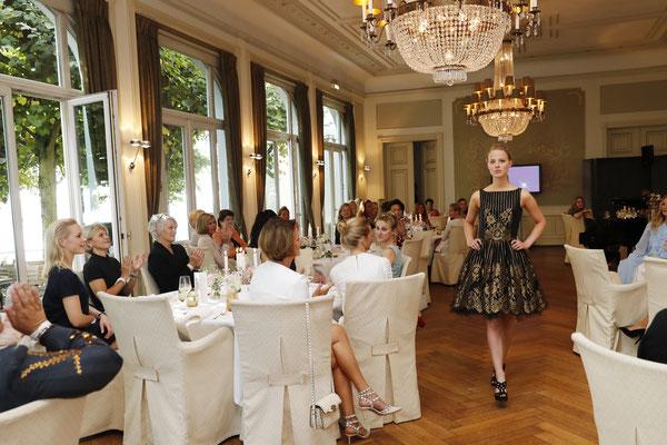 Fashion Defilee von Lana Mueller Couture im Louis C. Jacob Hamburg