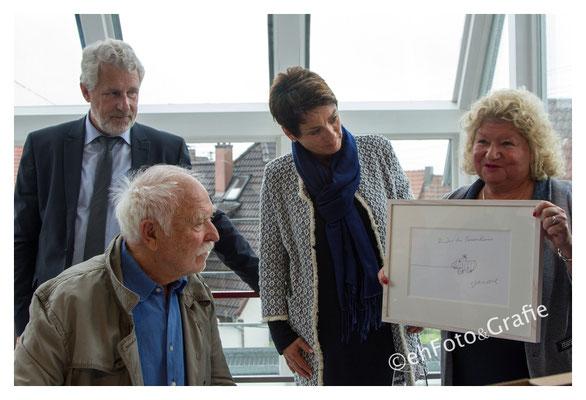 Sonja Faber, OB Otmar Heirich,Brigitte Kuder-Bross, Künstler Janosch