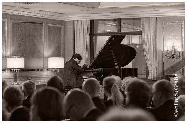 Balázs Fülei | Klaviermeister