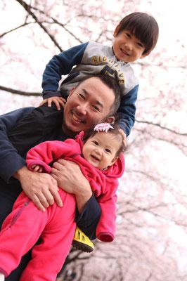 桜と一緒に、家族撮影会