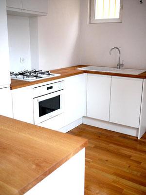 L'Atelier Marquis - Aménagement de cuisine - façades laquées et chêne massif