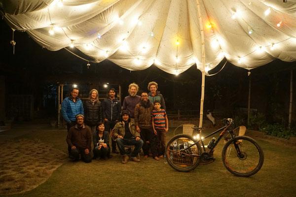 Der letzte Abend in Imphal Manipur: Zu Gast bei Freunden eines Freundes... Ein wunderbarer Abend!! Tausend DANK!!!
