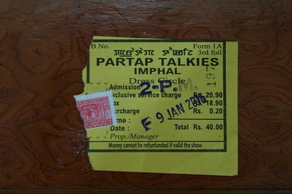 Imphal - Ticket für Kino...