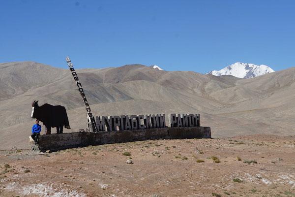Kirtap verlässt den Bezirk Murgab in Richtung Grenze zu Kirgistan...