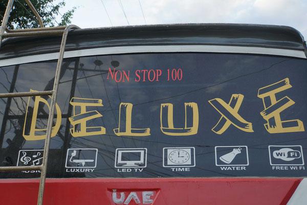 Non Stop 100 - ja so rollt der Verkehr hier gefühlt....