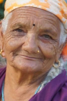 """Oma im Portrait - die Gesichter der """"alten Frauen"""" faszinieren mich einfach..."""