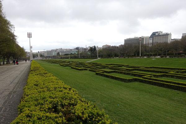 Der Parque Eduardo VII zur Av. da Liberdabe und zum TEJO