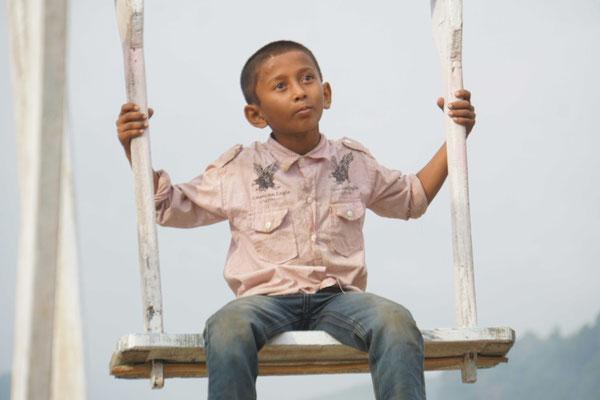 Er war der Kleinste/Leichteste auf dem Riesenrad und daher meist zu oberst - es schien ihm zu gefallen...