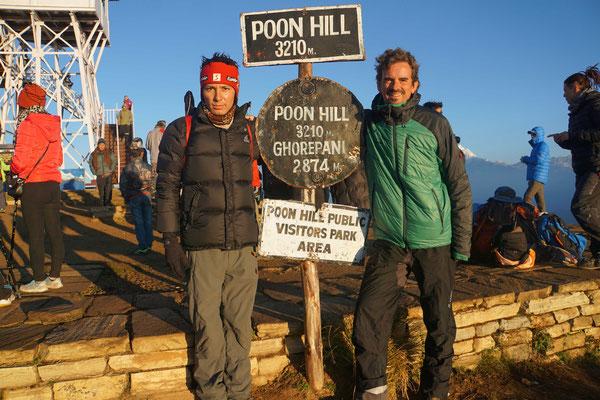 Surat und ich auf Poon Hill...