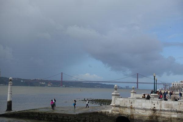 Stimmung am TEJO bei Wind und Regen um die Mittagszeit