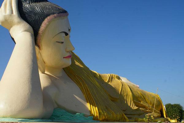 Der liegende Buddha in Bago....