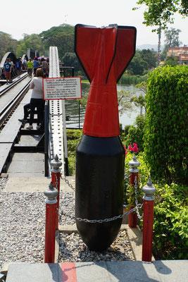 Bombe an der Brücke am Kwai...