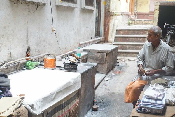 Bügelservice 2015 in Indien...