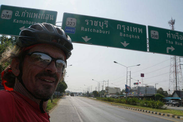 Bangkok rückt näher...
