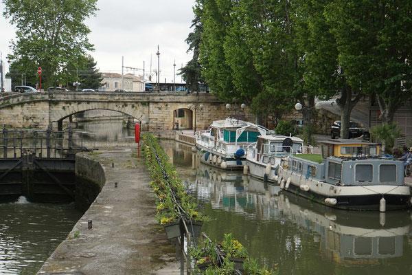 Narbonne - eine schmucke historische Innenstadt...