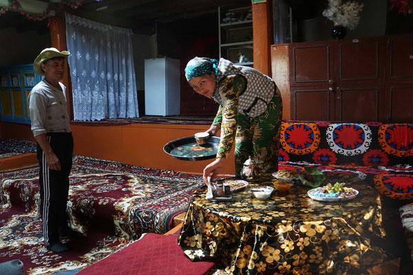 Die Gastgeber im Homestay oberhalb Yanchum - unterhalb Bibi Fatima...