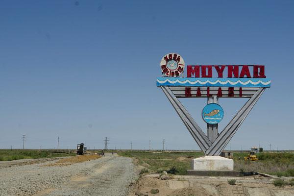Moynak lag einmal am Ufer des Aralsees