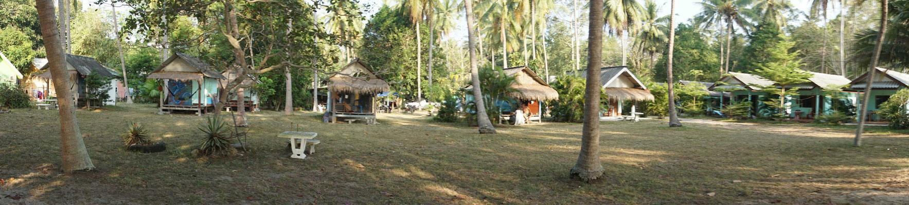 Lola Resort...