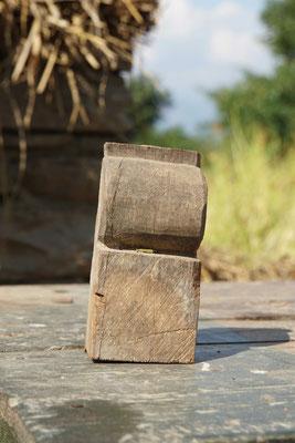 Mehr als ein Stück Holz - ein Andenken an das Haus von Surats Familie, die auch meine Familie wurde...