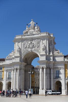 Das Tor zur Stadt oder umgekehrt zum TEJO, der Arco da Rua Augusta