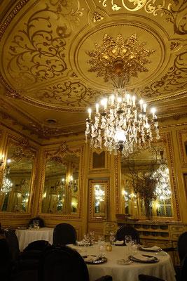 ja, so sah der Speisesaal aus, über die Nota war nicht zu wundern, doch Service und Essen excellent
